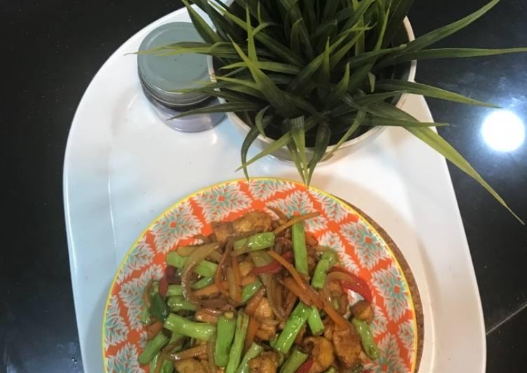 Ayam Goreng Kunyit - velavinkabakery.com