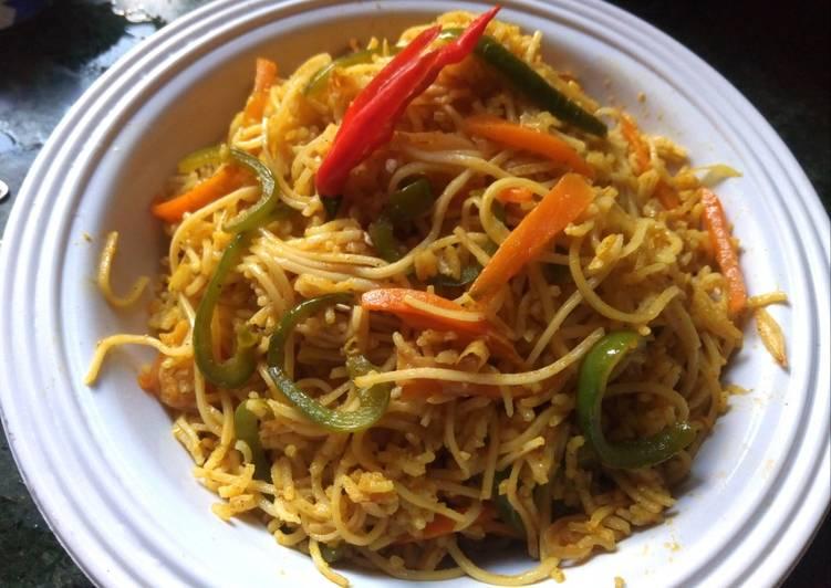 Shanghai Singapore Rice Noodles