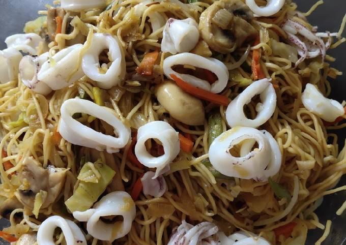 Steps to Make Award-winning Squid Noodle