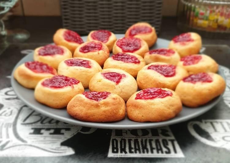 Comment Préparer Des Biscuits à la confiture de fraise