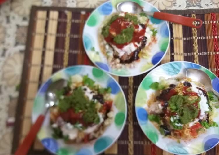 Recipe of Super Quick Homemade Zhatpat samosa chaat