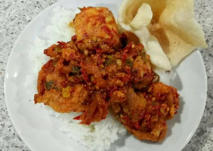 Egg and Tofu with Spicy Sauce (Balado Telur Tahu) *Vegetarian