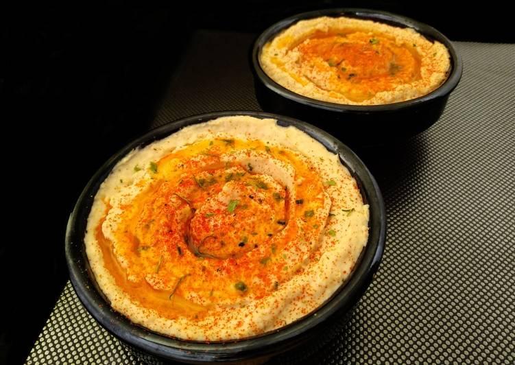 Hummus crema árabe de garbanzos y tahini