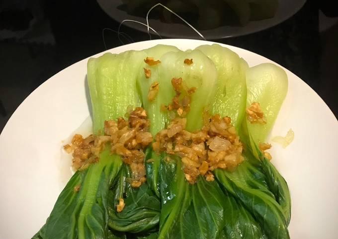 Pakcoy bawang putih
