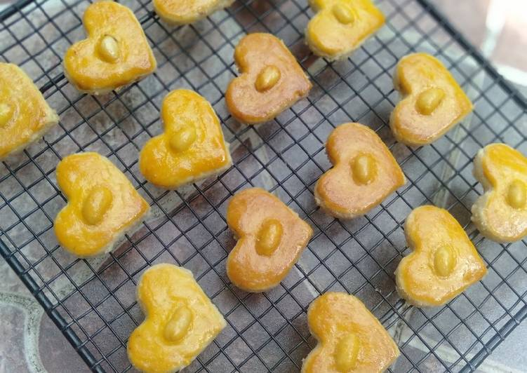 Kue Kacang - cookandrecipe.com
