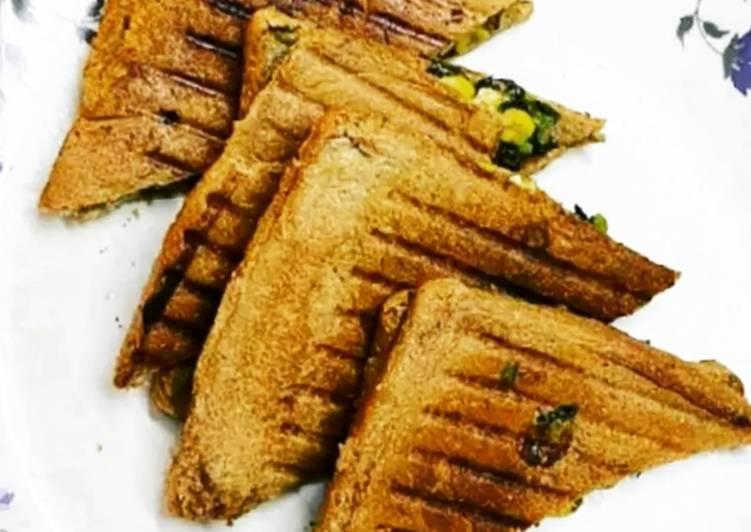 Grilled Spinach Corn Sandwich