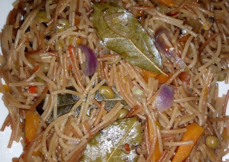 Brown vegetable spaghetti