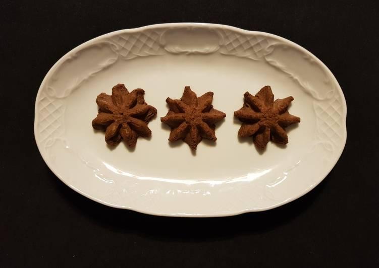Biscotti Stelle di Natale al cioccolato