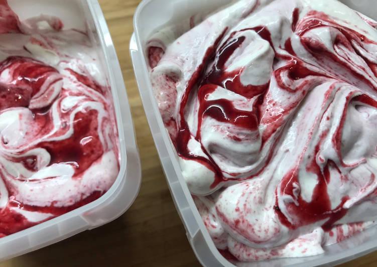 Crème Glacée aux Fruits Rouges