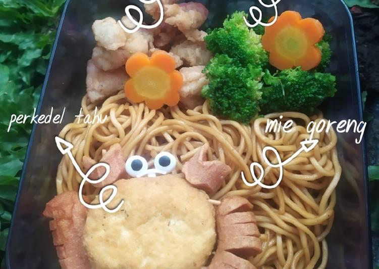 Resep Bento sekolah Mie Goreng & Chicken Popcorn Paling Joss