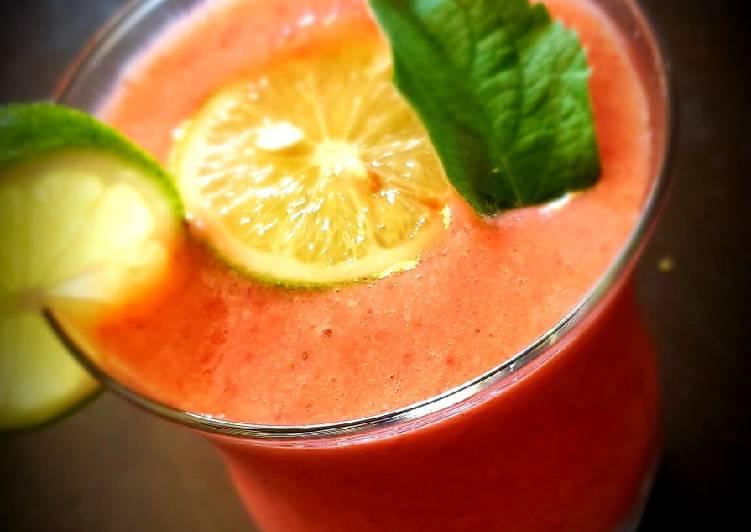 Berry pistachios smoothie 🍓🍒🍹