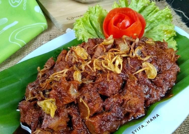 Krengsengan Daging khas Surabaya
