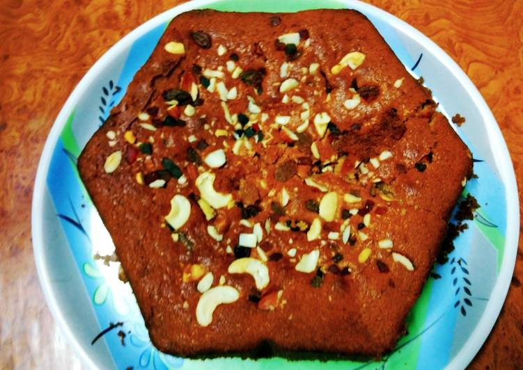 Eggless caramelised Christmas Plum cake