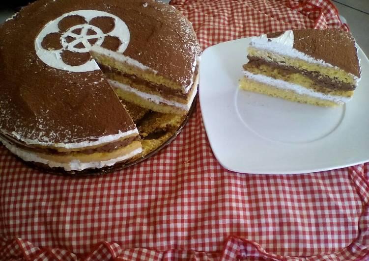 White/Dark Chocolate Mousse Cake