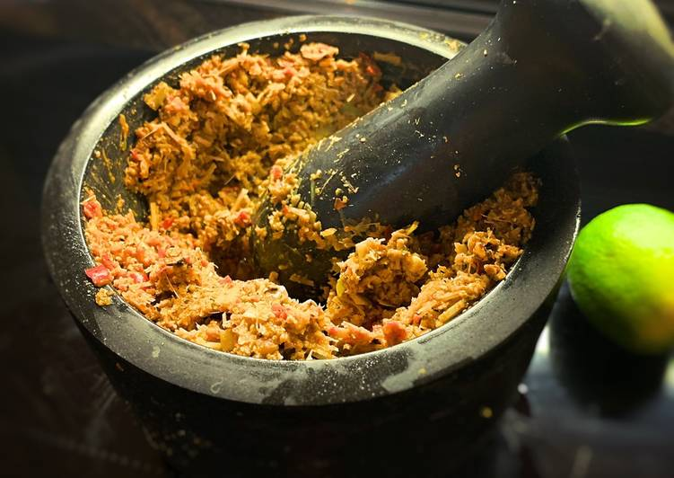 Easy Recipe: Delicious Thai Red Curry Paste (Can be made in a processor too!)