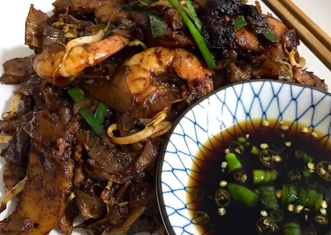 Penang Chinese Style Char kuey teow