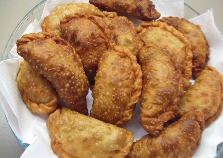 Empanadas porteñas al estilo de Doña Petrona Receta de Cuqui Bastida-  Cookpad