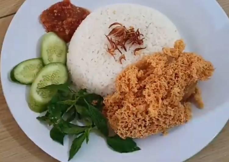 Nasi Uduk Rice Coocker & Ayam Kremes