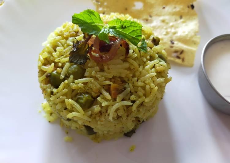 How to Prepare Homemade Vegetable Mint Biriyani