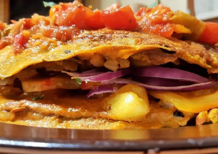 Omelette curcuma paprika fumé tomates.