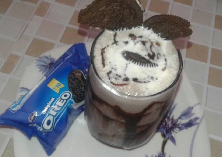 Steps to Make Ultimate Chocalate milk shake