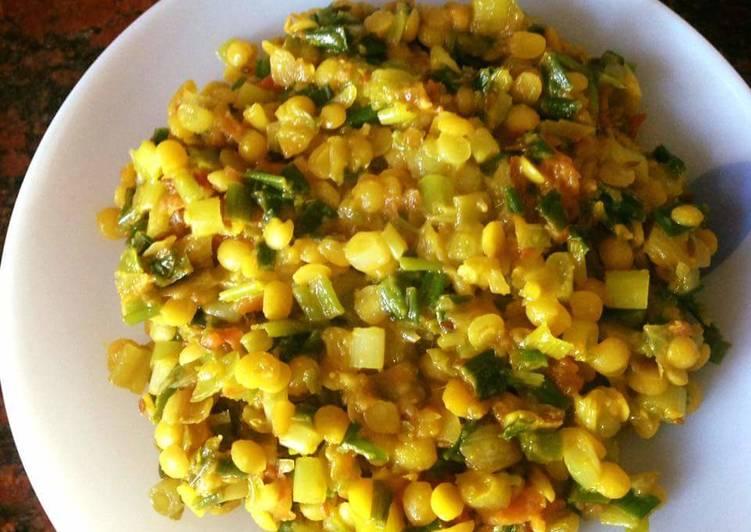 25 Minute Recipe of Special Pyazpatti dal sabzi
