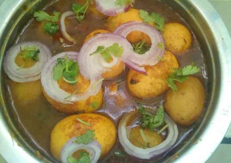 Saturday Fresh Potato egg curry