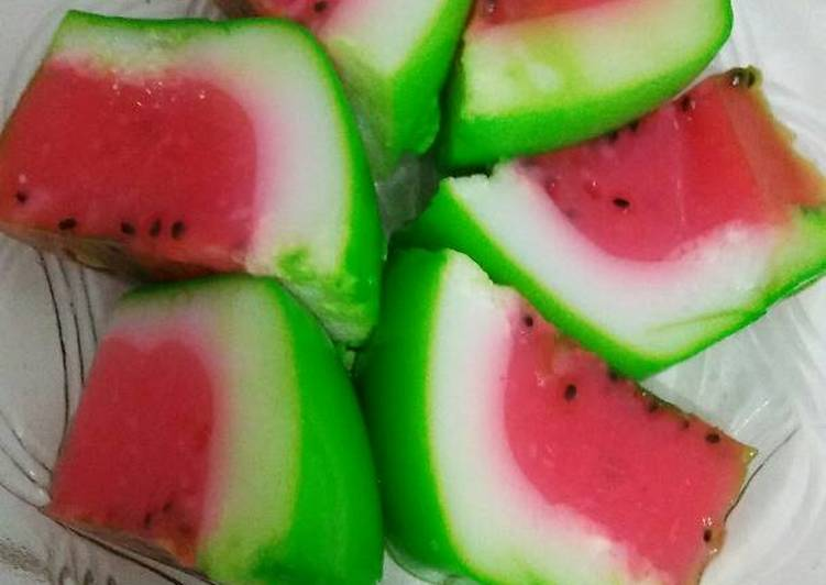 Pudding susu semangka