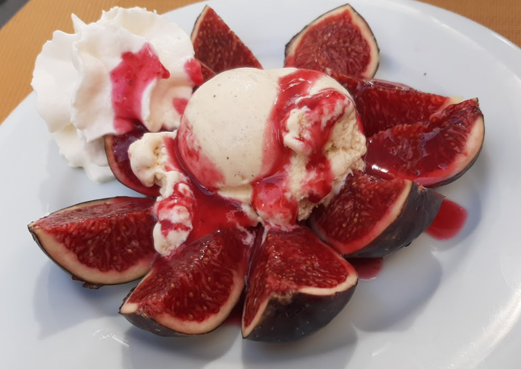 Easiest Way to Make Speedy Figs and Raspberry Coulis with Ice Cream and Cream