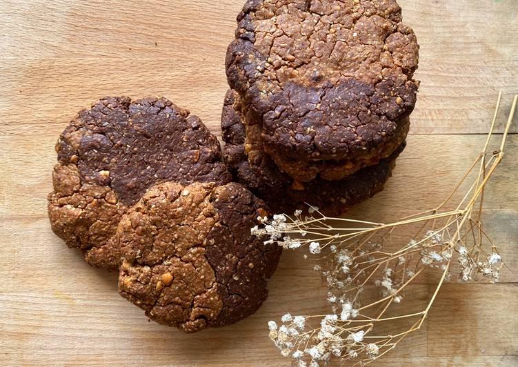 Peanut butter swirl chocolate protein cookies