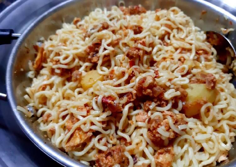 How to Prepare Most Popular Karahi Noodles
