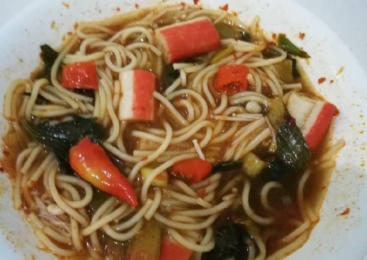 Spaghetti Tom Yum Bamboe