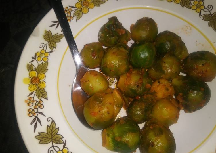 Simple Way to Make Homemade Sauteed Brussel Sprouts