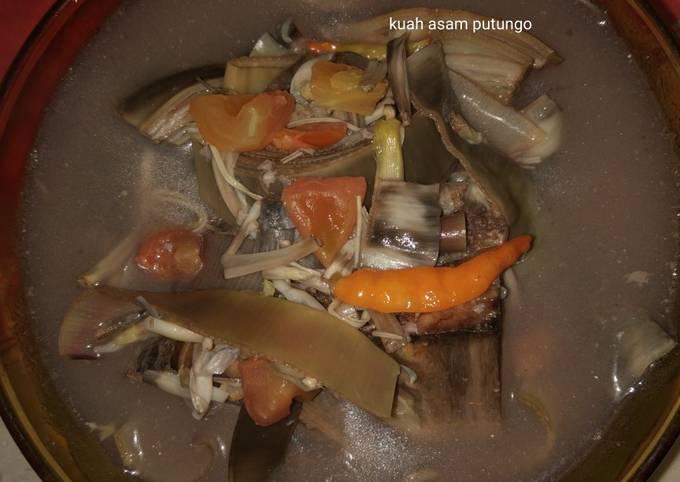 Kuah Asam Putungo (jantung pisang)