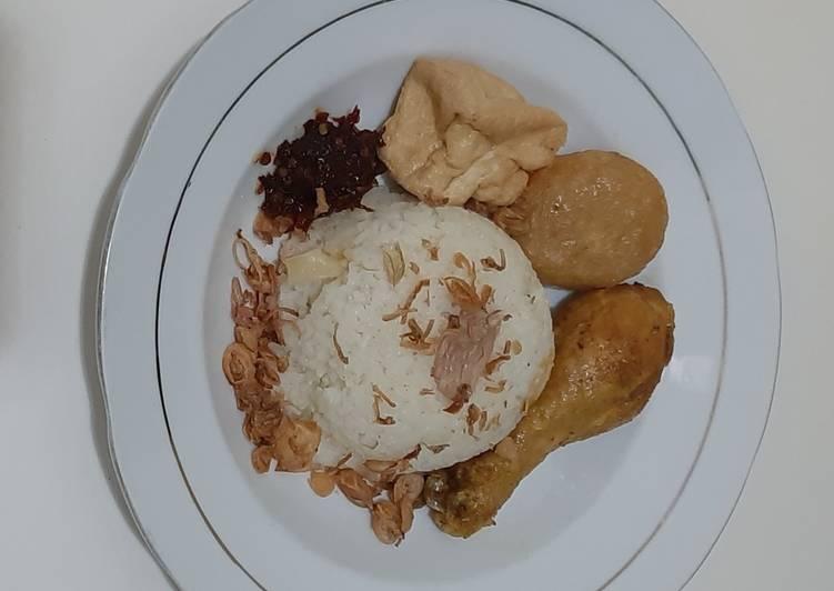 Nasi Gurih/Belamak Rempah Rice cooker Ala ku