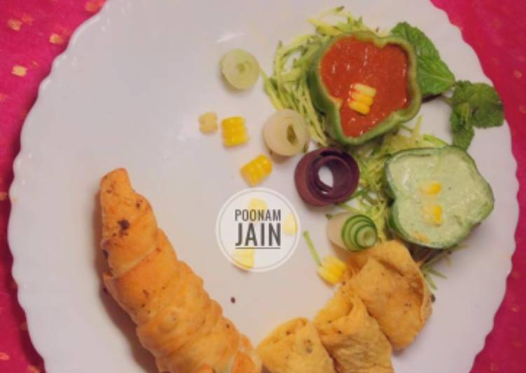Recipe of Favorite CRISPY PAPAD ROLL WITH MINTY DIP jain special