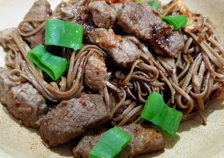 Fried Soba Noodles with Beef