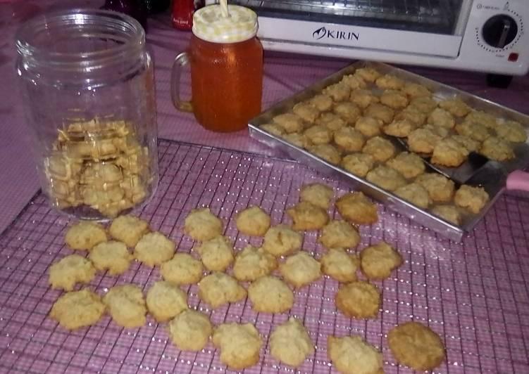 Eggless Coconut Cookies With Almond ~ Enak Gurih Renyah No Mixer