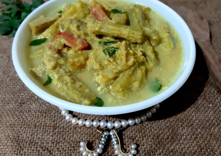 Steps to Make Award-winning Avial Kerala style mixed vegetable curry with coconut & curd