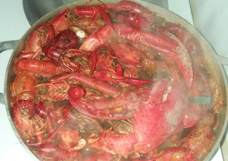 How to Make Tasty Lobster claws and crawfish broil(yes I'm at it again 😁)