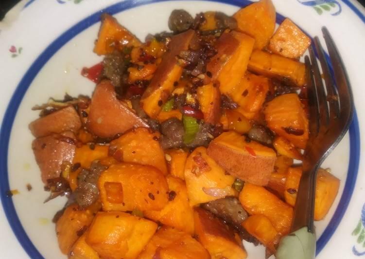 Sweet Potato Hash With Ground Turkey