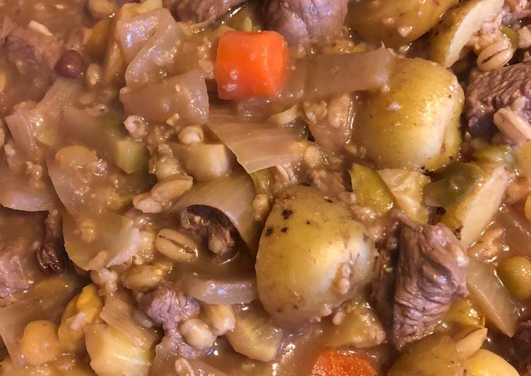 Recipe of Quick Vegetable Broth, with added Beef