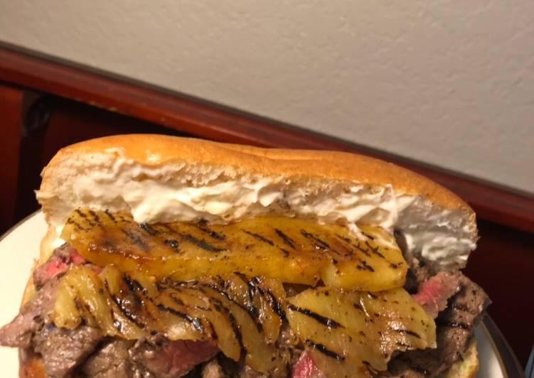 How to Make Yummy Rib Eye Pineapple and Pestomole Sandwich