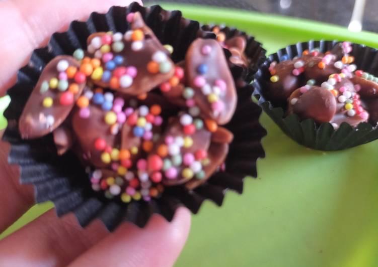 Kue Kacang Coklat Springkle