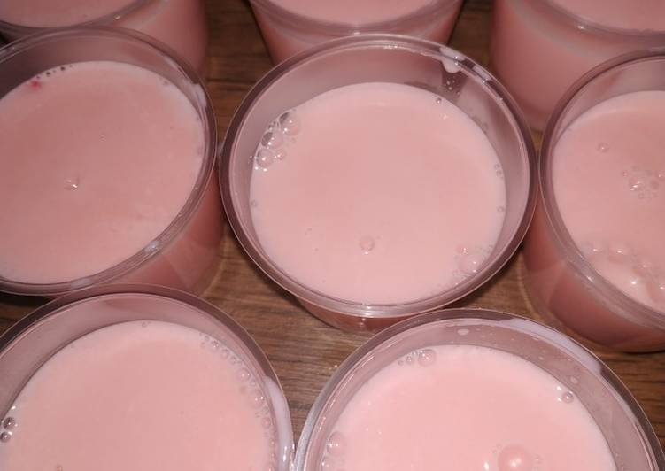 Puding strowbery