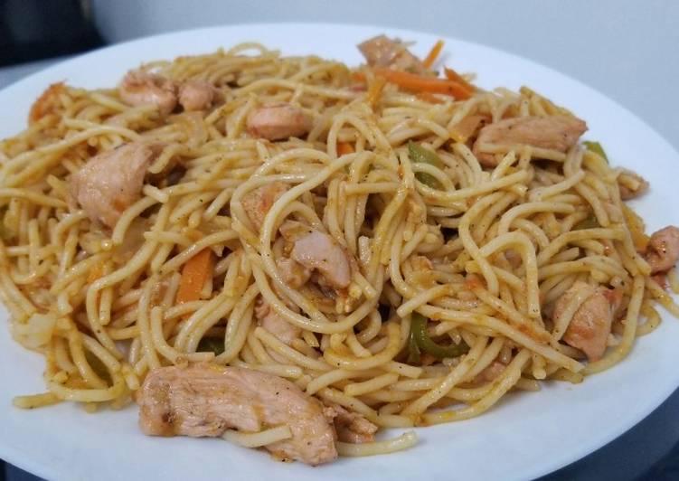 Stir fry chicken spegettis