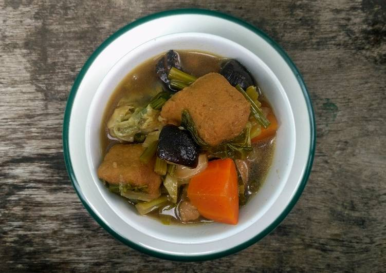 Steps to Prepare Ultimate Stewed Mixed Vegetable with Textured Soy Meat and Tofu Soup
