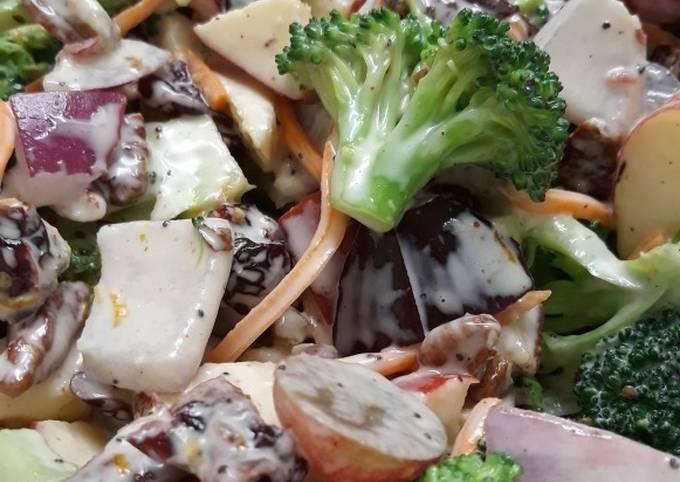 Nan's Broccoli Salad
