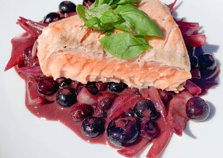 Saumon aux myrtilles