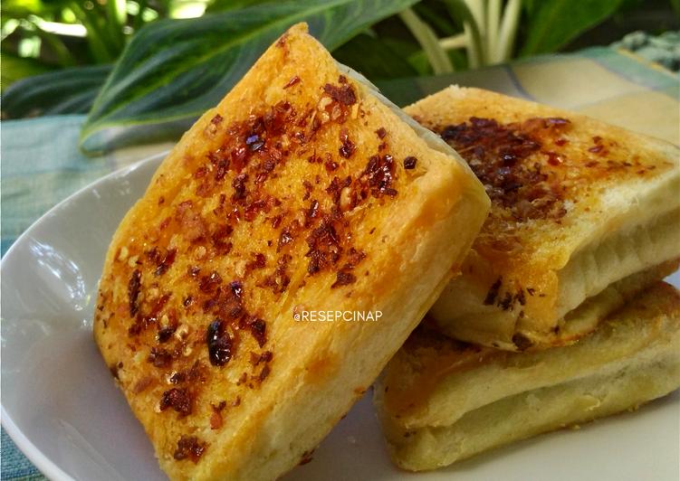 Cara Memasak Garlic Bread Chili Oil Yang Enak Resep Kekinian